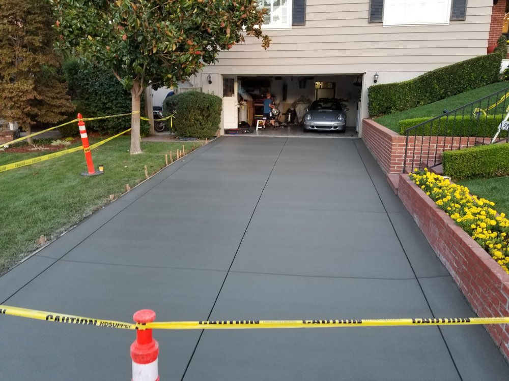 concrete driveway contractor does install in Livermore